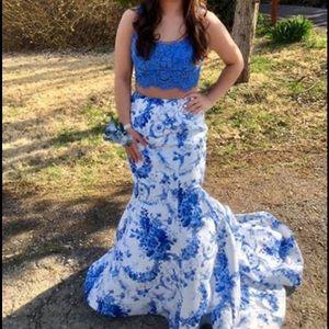 Sherry hill prom dress size 2